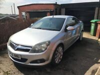 Vauxhall Astra Twin Top - 2006 1.8L Convertible - 97k miles - MOT til Sept 2018