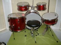 PP200RD HALF SIZE 8 PIECE DRUM KIT IN METALLIC RED STUNNING ONLY £159 BARGAIN