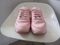 Reebok ladies trainers size 6
