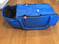 Phil and teds cocoon baby carrier / travel cot