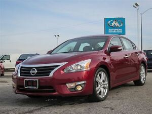 2013 Nissan Altima SL / NAVIGATION / LEATHER / SUNROOF