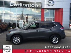 2014 Nissan Rogue SV, 7 PASSENGER, ACCIDENT FREE !