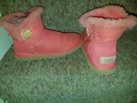 Womens ugg boots 4.5