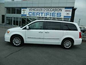 2015 Chrysler Town & Country Touring-L + NAVIGATION + 2 X TV-DVD