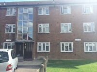 2 Bed Ground Floor Purpose Built Flat, Close to Newbury Park Station!!!