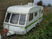 5/6 berth caravan twin wheel