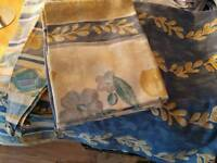 Curtains tiebacks & 2 pillowcases