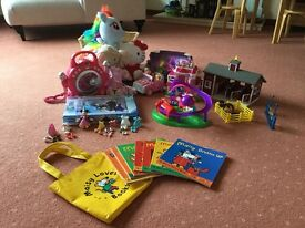 Toy bundle-all in photo-cuddles toys,jigsaw, zelfs, stable and horses, CD player, Minnie Mouse d