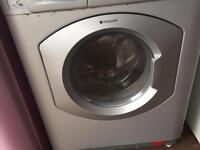 Washing machine/tumble dryer can deliver