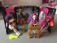 Monster High party set and 6 charcaters