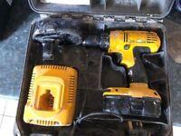 Dewait cordless drill DE9098 18V