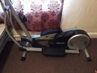 REEBOK CROSS TRAINER, FULLY WORKING CONDITION, IT'S ALREADY DISMANTLED & READY TO LOAD IN ANY CAR.