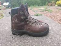 Scarpa Manta ladies boots size 41