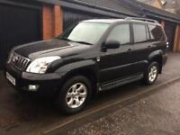 Toyota Land Cruiser LC4 2007 Black 8 seater one owner from new full service history