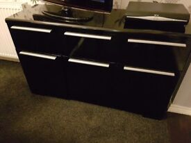 Black gloss sideboard and coffee table