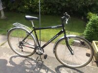 GENTS / LADIES CITY TOURING BIKE AS NEW ONLY BEEN USED COULPE OF TIMES