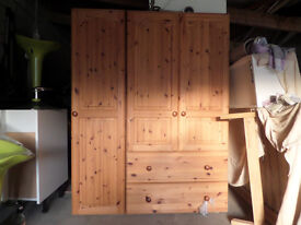 Triple wardrobe, Bedside drawers X2 and Chest of Drawers