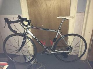 Specialized Allez road racing bike