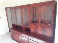 BARGAIN - Stunning Display Cabinet with lighting - Mahogany-Coloured Solid Wood and Glass