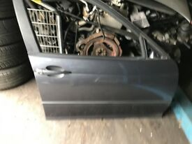 53 BMW E46 4 DOOR ALL DOOR AVALIABLE EACH £20 POUND
