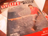 Life Magazine 1947 (International) Terry Moore + Photography Adverts – Kodak Leica Texaco