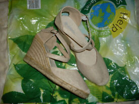 Canvas wedge summer shoes