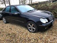 LOW MILEAGE Mercedes-Benz, C200 Saloon, 2005, LONG MOT