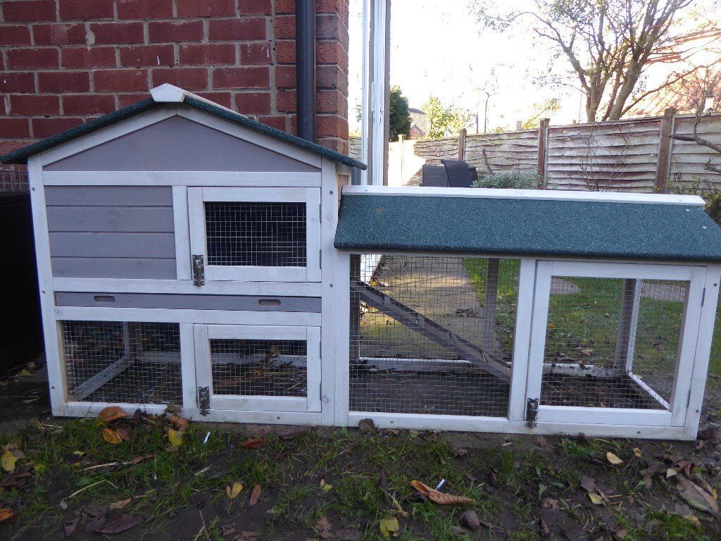 6 foot 2 storey hutch white and grey with cover
