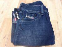 Brand New Diesel Ronhar jeans Size 26 slim fit