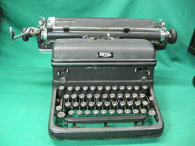 Vintage 1940 Royal Kmm14 Magic Margin 14 Typewriter Works Great