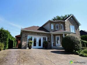 459 000$ - Maison 2 étages à vendre à Mont-St-Hilaire