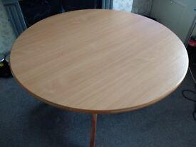 120cm Round table
