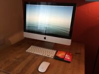 iMac 2009 21.5 inch screen with wireless keyboard and mouse with adobe creative suite
