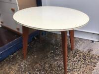 Retro Formica oval lemon kitchen table FREE DELIVERY PLYMOUTH AREA