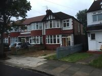 1 Double Bedroom in a Sharing House, Perivale UB6 8TG