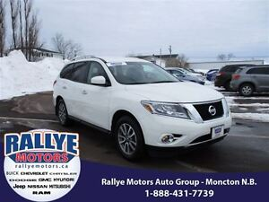 2014 Nissan Pathfinder SV! 4x4! Back-Up! Alloy! Heated! ONLY 62K