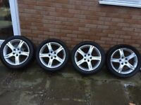 """Lexus 4 Alloy Wheels 17"""" With Good Tyre + 2 Tyres Without Rim For Sale"""