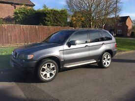 BMW X5 30i sat nav. DVD screens in head rests. Blue tooth hands free. Nice clean car for year