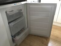 Zanussi fridge and freezer in great condition