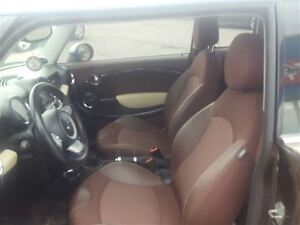 2010 MINI Cooper Clubman DUAL ROOF - FREE WINTER TIRE PACKAGE London Ontario image 8