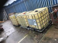 3 ibc tanks used for kerosene , buyer collects £5 each