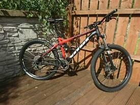 Vitus Escarpe 27.5 VR 650b full suspension mountain bike mtb. Reverb stealth dropper post