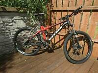 Vitus Escarpe 27.5 VR 650b full suspension mountain bike mtb. Reverb stealth dropper post