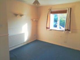 LARGE double room furnished/unfurnished