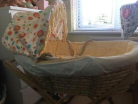 Lollipop lane Moses basket, stand & gro egg thermometer