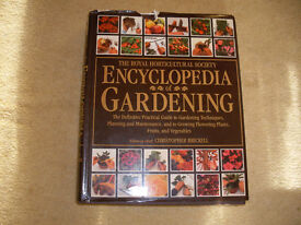 A4 HARDBACK BOOK -THE ENCYCLOPEDIA OF GARDENING.