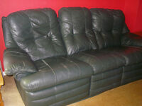 Green leather 3 seater sofa settee