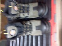 MENS SIZE 7 DICKIES WORK BOOTS HIKING BOOT STYLE BRAND NEW. £15.00