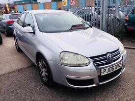VW JETTA 2.0 FSI SE PETROL MANUAL 6 SPEED 2006 PARKING SENSORS ALLOYS 1 OWNER