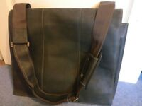 Visconti Extra Large Laptop Bag, 18in, Hunter Leather, 16019 XL, designer brand, excellent condition